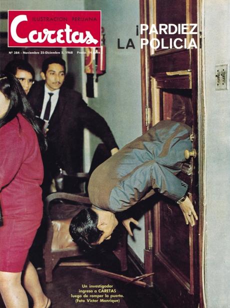 La policía ingresa a Caretas.  Virulento 1968.